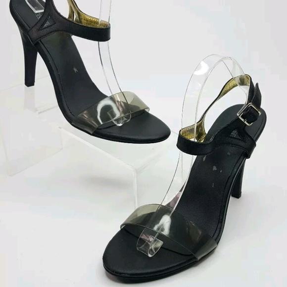 586315a97dd Seychelles Saffron Black heels size 10m